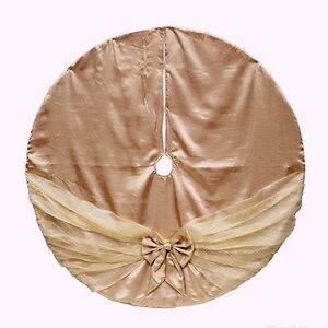 Other - Gold Christmas tree skirt